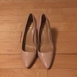 Never-worn, banana republic blush pink pumps 5 1/2